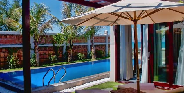 Pool Villas Sundeck